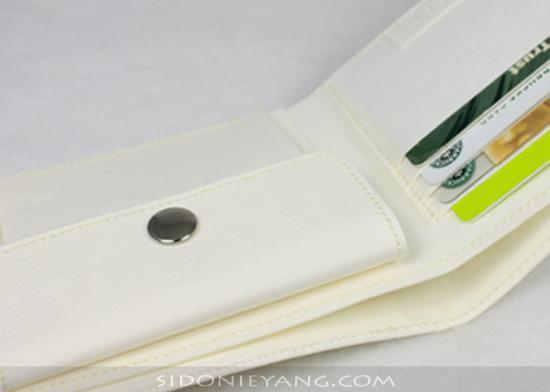 (未上架 測試款)白色-可水洗牛皮 紙 短夾 (紙錢包) (New) Wallet made from Washable Kraft Paper in White